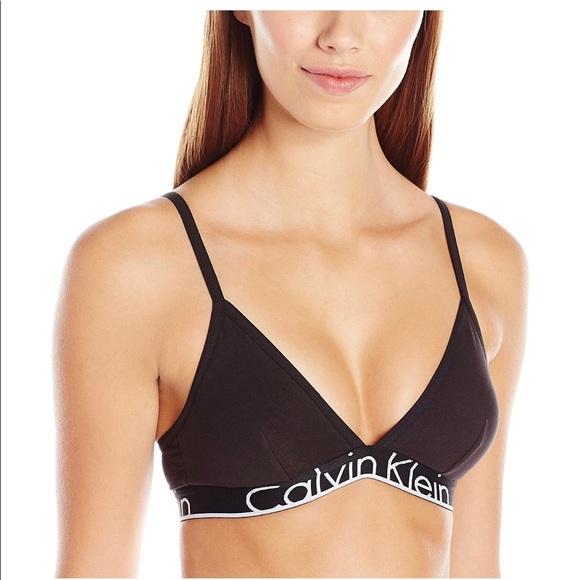 6e4a3f3f4f Black Calvin Klein V-neck Sports Bra